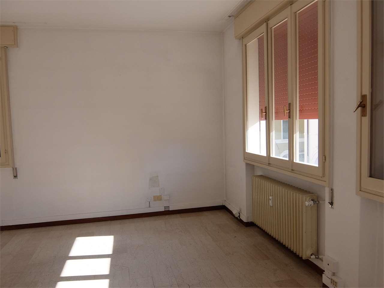 Ufficio / Studio in vendita a Motta di Livenza, 3 locali, prezzo € 68.000 | CambioCasa.it