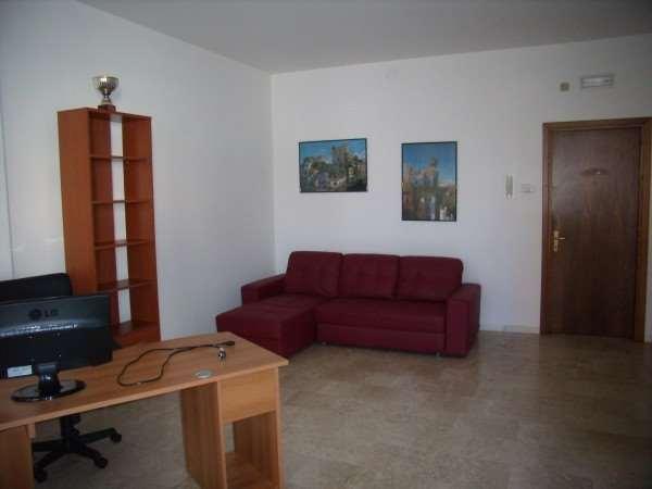 Ufficio / Studio in affitto a Ponte di Piave, 1 locali, prezzo € 350 | CambioCasa.it