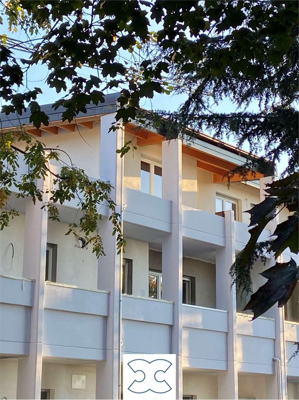 Vendita Trilocale Appartamento Cavaria con Premezzo via Mattia 117 242722