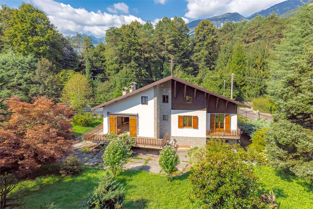 Vendita Villa unifamiliare Casa/Villa Clusone Viale dei Tigli 21 292355