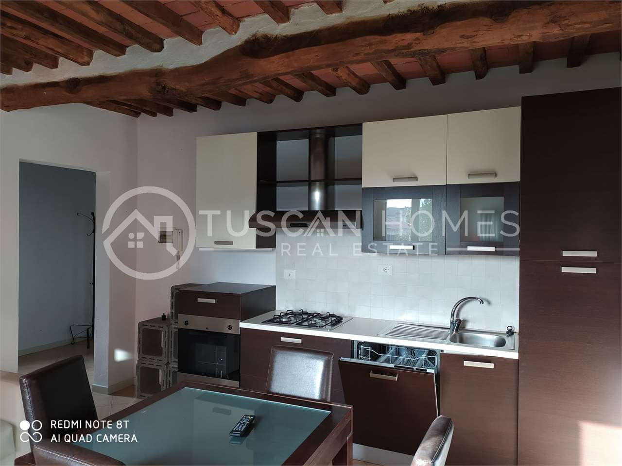 barga-lucca-for-sale-villa-with-two-apartments-and-spacious-garden