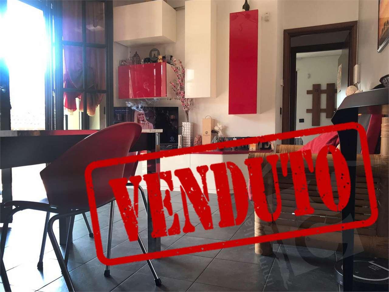Vendita Bilocale Appartamento Cesano Maderno 215057