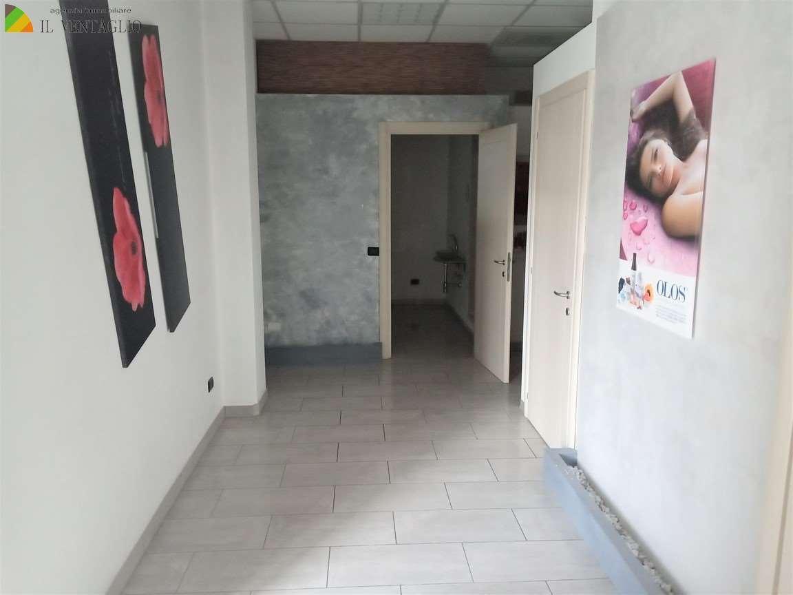 Negozio Casalgrande 2625
