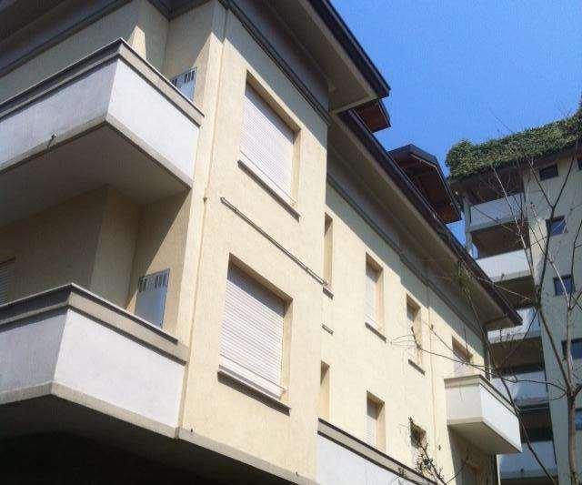 Appartamento Como V000120