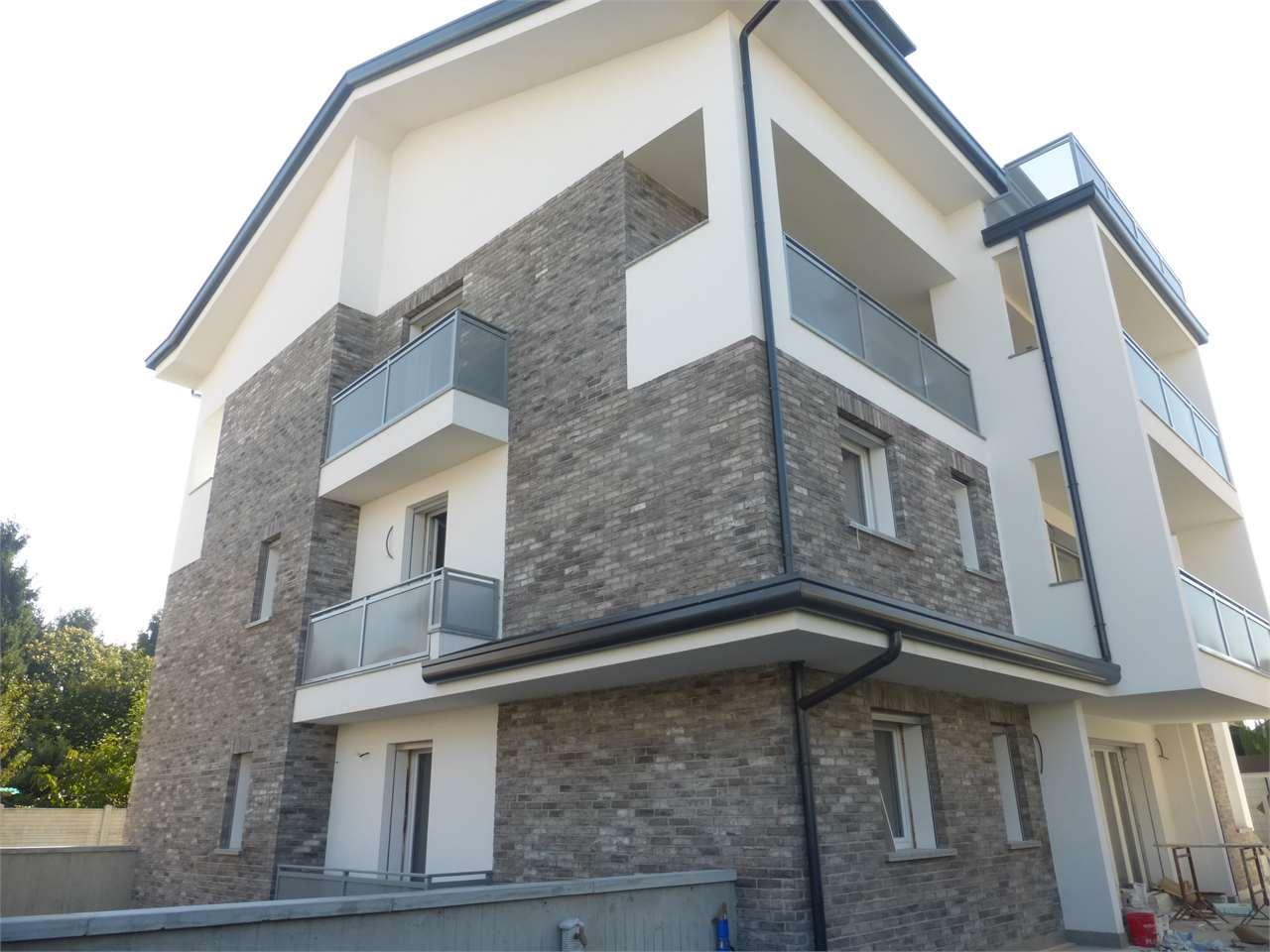 Vendita Trilocale Appartamento Cesano Maderno Via Rovereto  88132