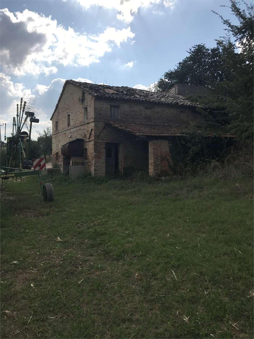Rustico/Casale/Corte Recanati V000129