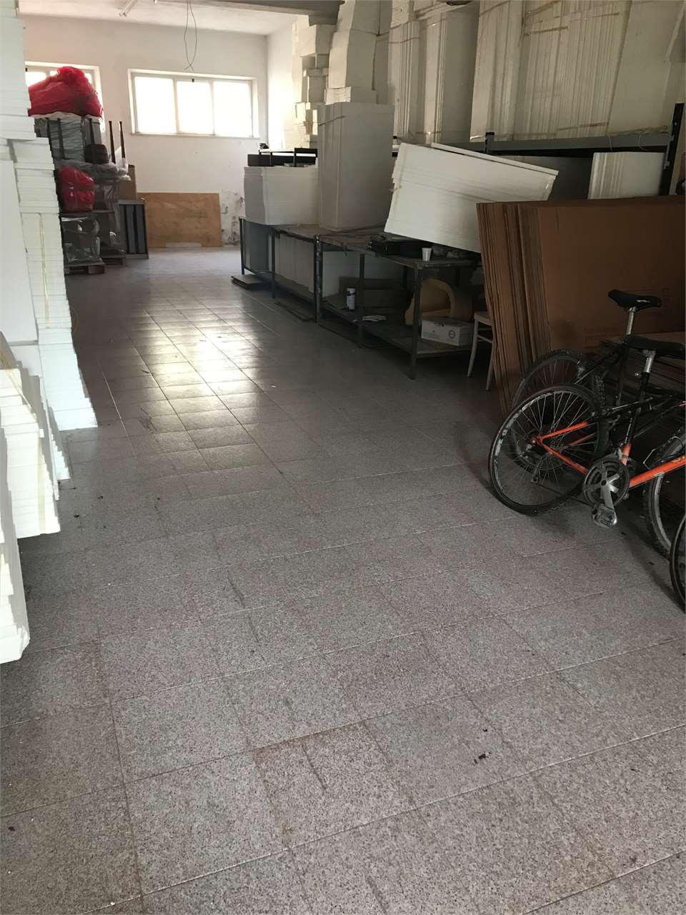 Negozio / Locale in affitto a Castelfidardo, 1 locali, prezzo € 700 | CambioCasa.it