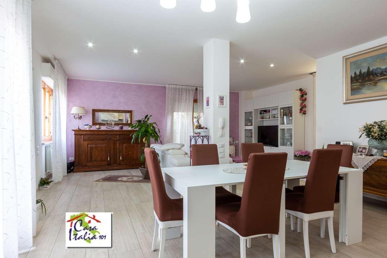 Appartamento Castelfidardo V000226